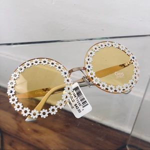 Sam Edelman circus sunflower round sunglasses